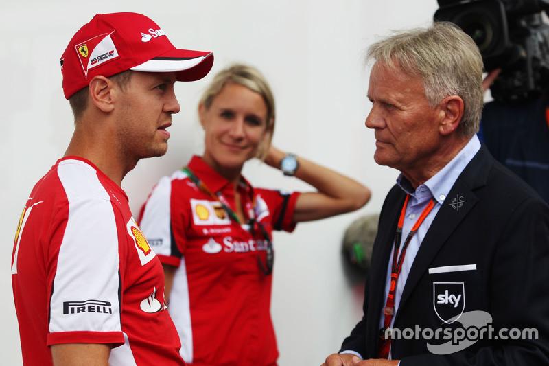 (Kiri ke Kanan): Sebastian Vettel, Ferrari dengan Mark Surer
