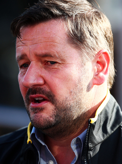 Пол Хэмбри, спортивный директор Pirelli
