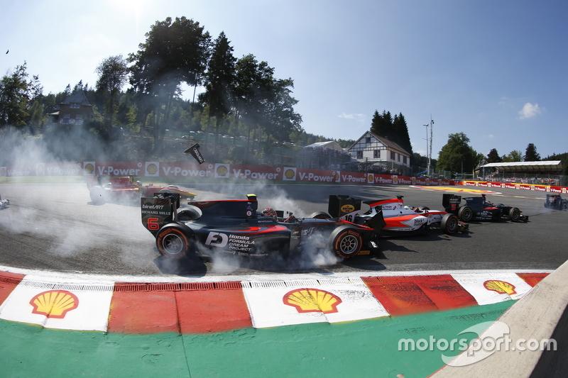 Нобухару Мацушіта, ART Grand Prix & Олівер Роуланд , MP Motorsport