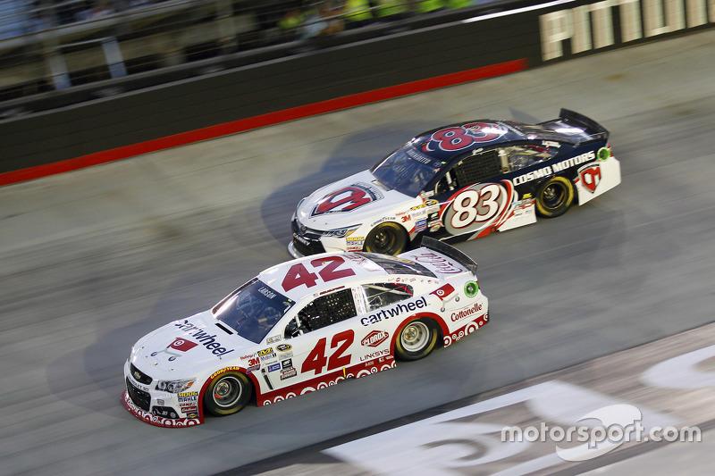 Kyle Larson, Chip Ganassi Racing Chevrolet and Matt DiBenedetto, BK Racing Toyota