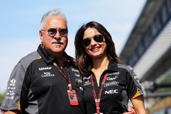 Dr. Vijay Mallya, Sahara Force India F1 Team Owner with his partner Pinky Lalwani,