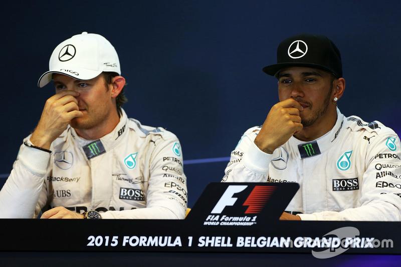FIA Press Conference,: Nico Rosberg, Mercedes AMG F1 bersama team mate Lewis Hamilton, Mercedes AMG