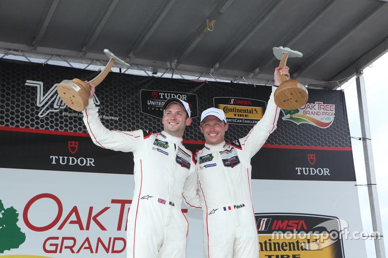 Para juara balapan #911 Porsche North America Porsche 911 RSR: Patrick Pilet, Nick Tandy