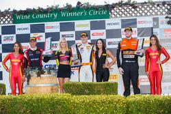 GT подіум: First place #9 K-Pax Racing McLaren 650S GT3: Кевін Естре, друге місце #31 EFдляT Racing Porsche 911 GT3 R: Ренгер ван дер Занде, та третє місце #2 CRP Racing Audi R8: Mike Skeen