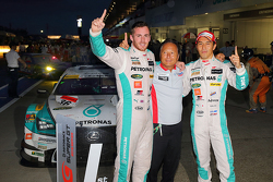 Winners: Daisuke Ito and James Rossiter, Lexus Team Petronas Tom's Lexus RC F