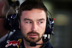 Simon Rennie, Red Bull Racing Race Engineer