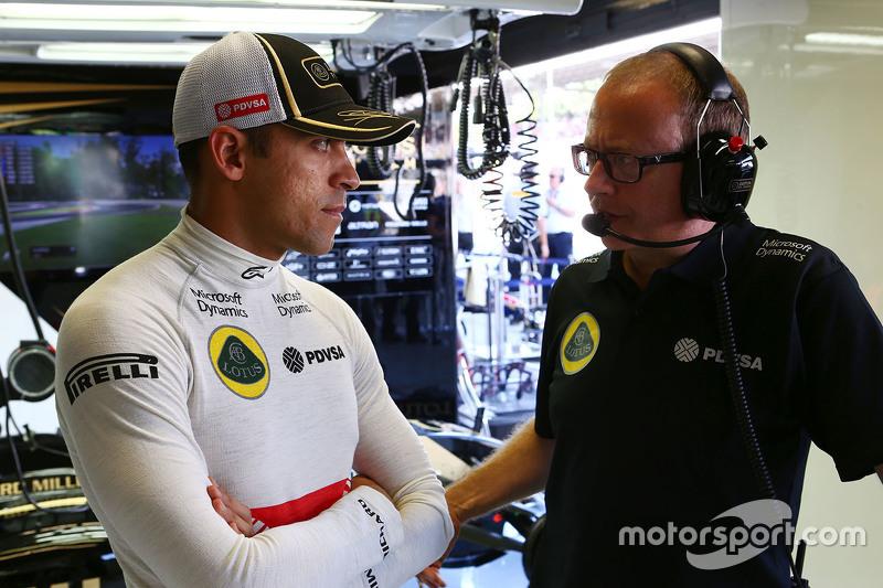 Pastor Maldonado, Lotus F1 Team mit Mark Slade, Lotus F1 Team, Renningenieur