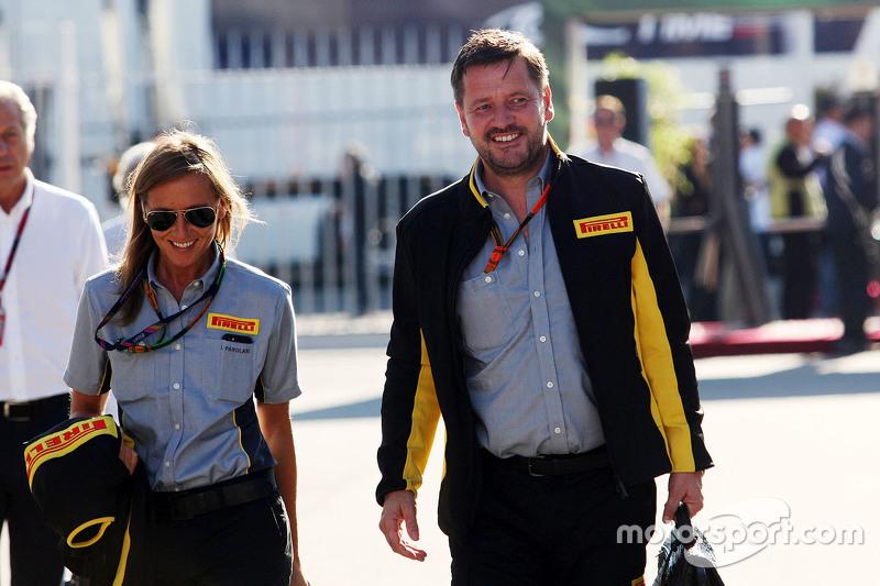 Paul Hembery, Pirelli Motorsport Director with his Personal Assistant Ilaria Parolari