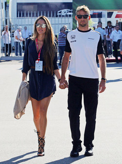Jenson Button, McLaren, mit Frau Jessica Button