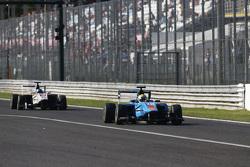 Пел Вархауг, Jenzer Motorsport лідирує  Заід Ашканані, Campos Racing