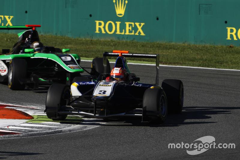 Мітч Гілберт, Carlin лідирує  Сенд Стувік, Status Grand Prix
