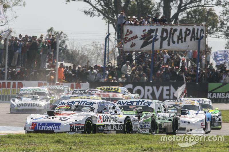 Leonel Sotro, Alifraco Sport Ford and Juan Bautista de Benedictis, di Meglio Motorsport Ford and Federico Alonso, Taco Competicion Torino
