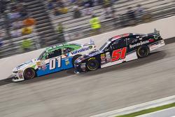 Landon Cassill, JD Motorsports Chevrolet and Jeremy Clements, Jeremy Clements Racing Chevolet