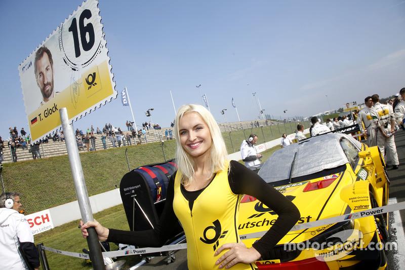 Gridgirl of Timo Glock, BMW Team MTEK BMW M3 DTM