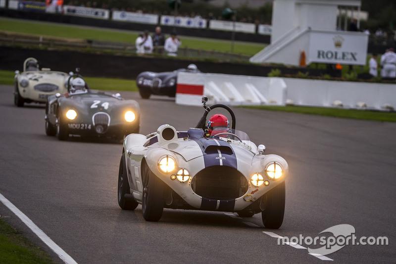 Ludovic Lindsay та Ben Shuckburgh, Cunningham C4R 1953 та Andy Wallace з Nigel Webb, Jaguar C-type 1952