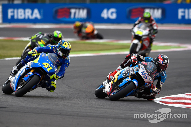 Scott Redding, Marc VDS Racing Honda and Aleix Espargaro, Team Suzuki MotoGP