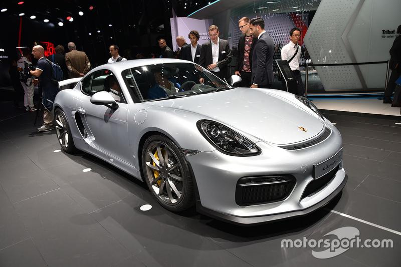 Porsche Cayman GT5