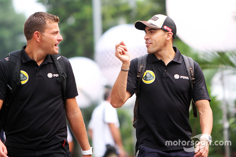 Pastor Maldonado, Lotus F1 Team with Fabrizio Maganzi, Lotus F1 Team Personal Trainer