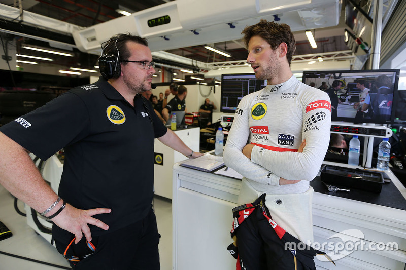 Julien Simon-Chautemps, Romain Grosjean race engineer, Lotus F1 Team and Romain Grosjean, Lotus F1 Team