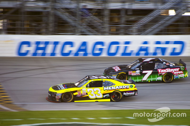 Пол Менард, Річард Чілдресс Racing Chevrolet та Реган Сміт, JR Motorsports Chevrolet