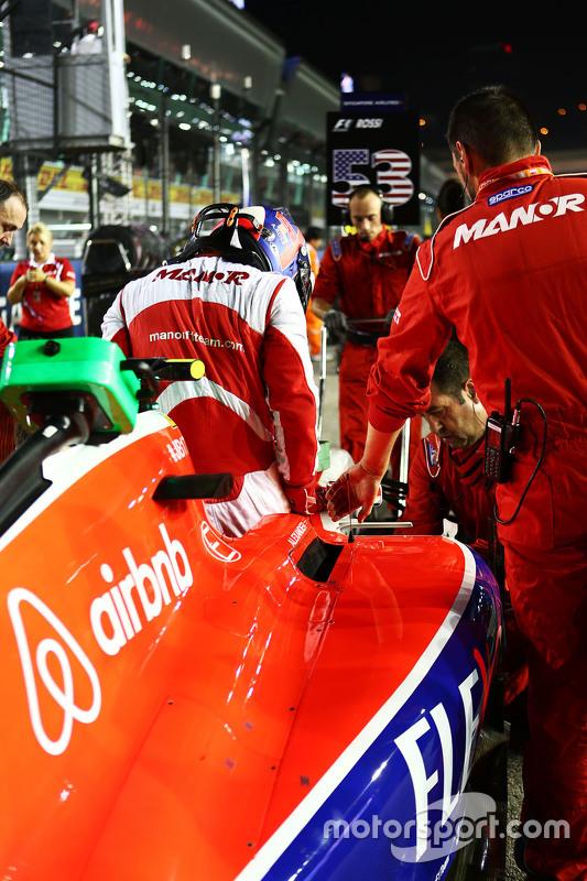 Alexander Rossi, Manor F1 Team on the grid