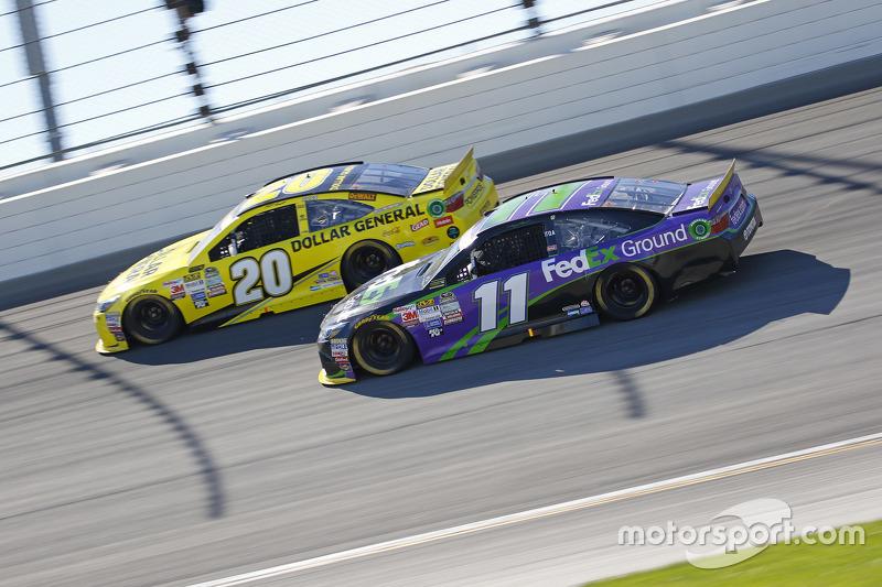 Denny Hamlin, Joe Gibbs Racing Toyota; Matt Kenseth, Joe Gibbs Racing Toyota