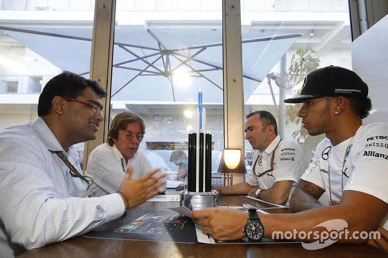 Мехул Кападіа, Tata communications з Льюїс Хемілтон, Падді Лоу, Mercedes AMG F1 Виконавчий директор