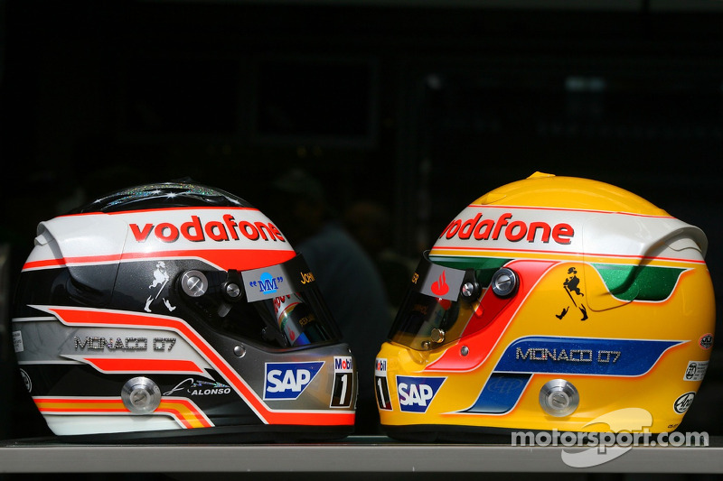 Helmets of Fernando Alonso, McLaren Mercedes and Lewis Hamilton, McLaren Mercedes, with Steinmetz Diamonds
