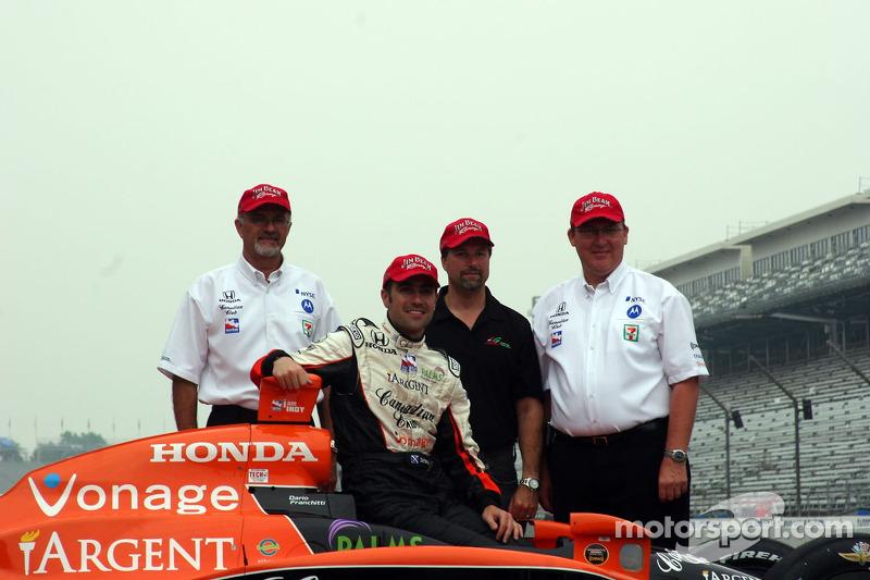 Kim Green, Dario Franchitti, Michael Andretti and Kim Savoree