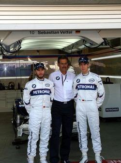 Sebastian Vettel, BMW-Sportchef Mario Theissen und Nick Heidfeld