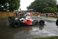 Lewis Hamilton, McLaren Mercedes MP4/21 2006