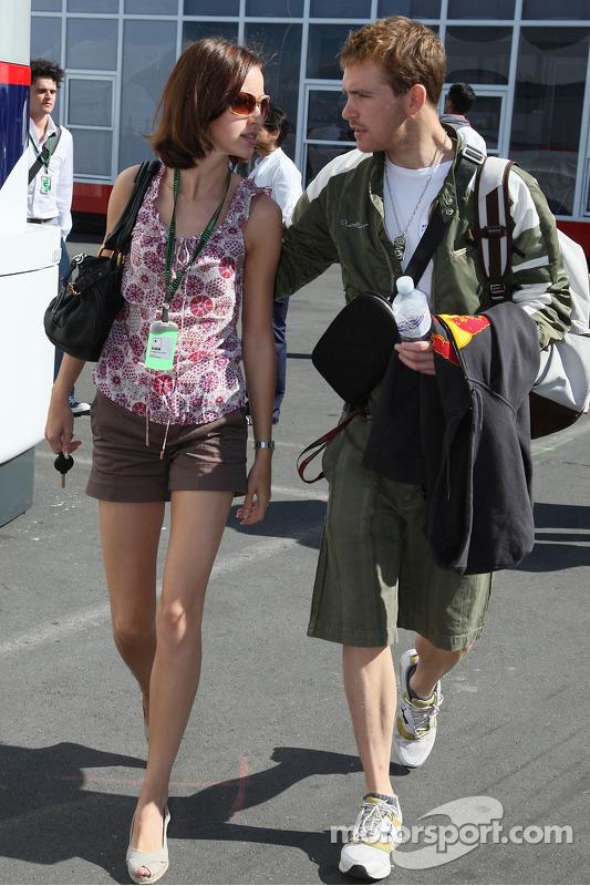 Скотт Спід, Scuderia Toro Rosso, його дівчина