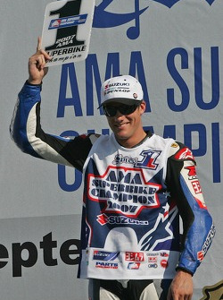 Podium: Ben Spies the 2007 Superbike Champion
