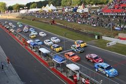 Départ, Alain Menu, Team Chevrolet, Chevrolet Lacetti devant James Thompson, N Technology, Alfa Rome