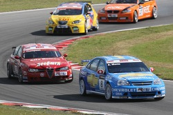 Alain Menu, Team Chevrolet, Chevrolet Lacetti et James Thompson, N Technology, Alfa Romeo 156