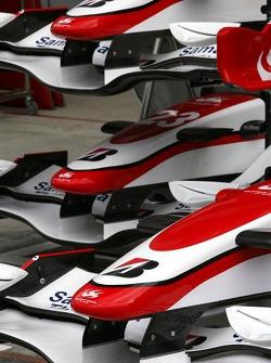 Super Aguri F1 Team front wing detail