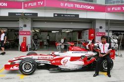 Super Aguri F1 Team, nueva decoración, Aguri Suzuki, Super Aguri F1
