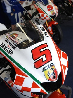 Detail of Colin Edwards' Abarth M1
