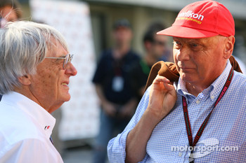 Lauda not happy with DRS