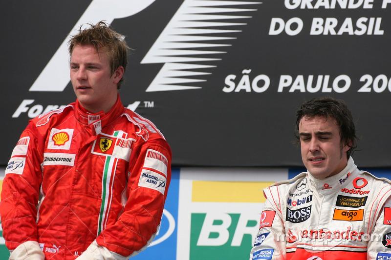 2007: Raikkonen doet McLaren treuren