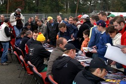 Autographs session