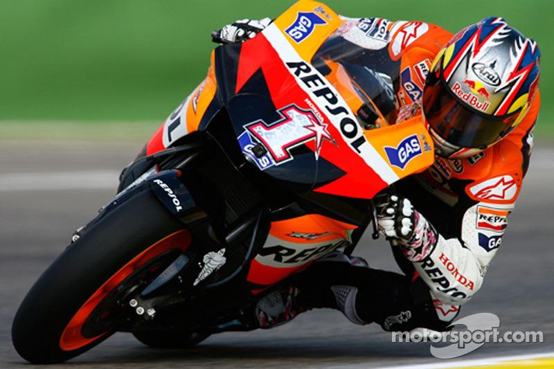 2007: Repsol Honda, 8º no campeonato (127 pts), 3 pódios, 18 corridas