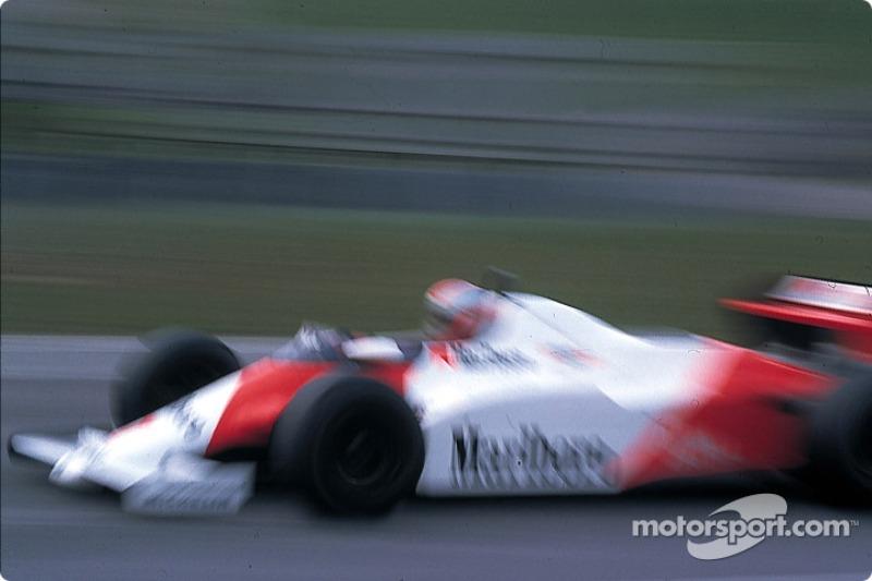 La última carrera disputada en Long Beach fue en 1983 fue histórica, ya que marcó la peor posición de salida de un ganador en la historia de la F1. John Watson en el McLaren salió del lugar 22 y ganó la prueba.