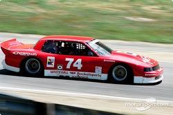 #74 Whitehall Rocketsports Oldsmobile Toronado: Gene Felton