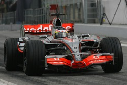 Pedro de la Rosa, Test Driver, McLaren Mercedes, MP4-22