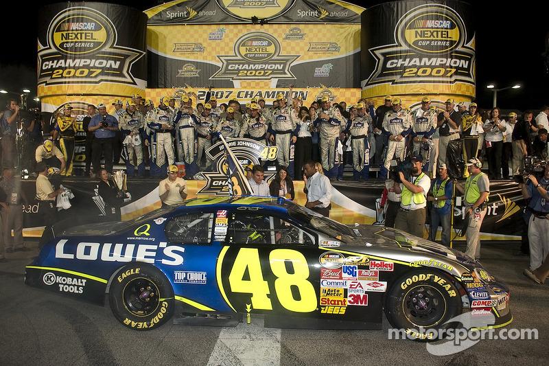2007: Jimmie Johnson (Hendrick-Chevrolet)