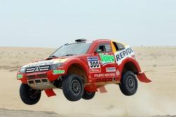Repsol Mitsubishi Ralliart Team: Mitsubishi Pajero/Montero Evolution MPR13