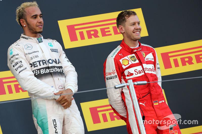 Lewis Hamilton, Mercedes AMG F1 Team e Sebastian Vettel, Ferrari