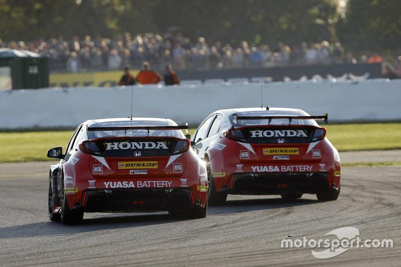 Метт Ніл, Гордон Шеден, Honda Yuasa Racing, Honda Civic Type R