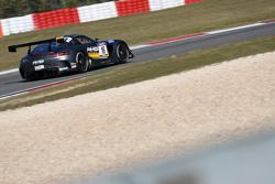 #16 HWA AG Mercedes AMG GT3: Yelmer Buurman, Thomas Jäger, Jan Seyffarth